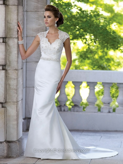 Sheath/Column V-neck Satin Court Train Appliques Wedding Dresses